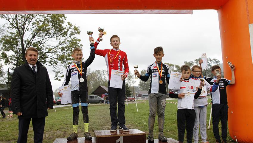 ZSO Zator z dwoma złotymi medalami wojewódzkiego finału igrzysk dzieci i młodzieży szkolnej.