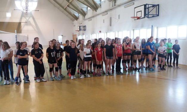 Turnieje ligowe Minisiatkówki dziewcząt i chłopców